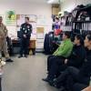 Comandante de la institución realiza visita y reconocimiento a cajeras y funcionarios Supermercado Tottus