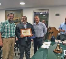Honorable Directorio General recibe a nuevo Miembro Honorario, Luis Loberto Cisternas, cuando cumple 40 años al servicio de la institución